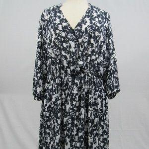 Xhilaration charcoal & white print dress